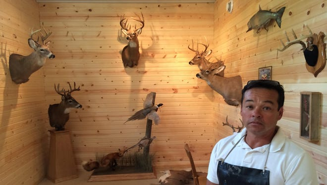 After more than 25 years, Jim Jaggar has returned to running his own taxidermy business. Trophy Room Taxidermy opened its doors just a few weeks ago, shortly after Jaggar finished construction on the 1,000-square-foot building at 6870 Old Highway 18.