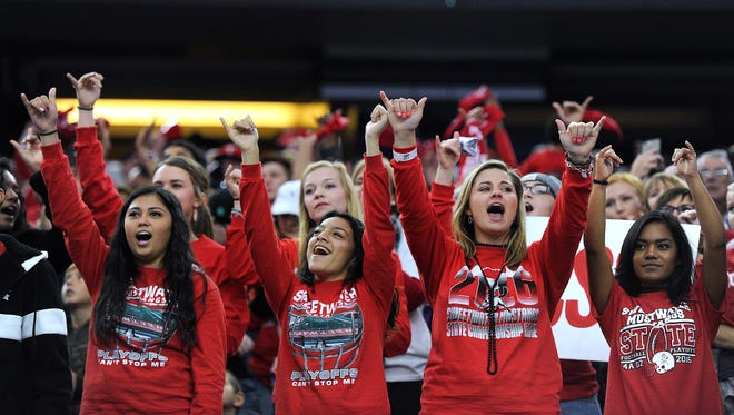 Sweetwater fans cheer during the first quarter of Sweetwater's 24-6 loss in the Class 4A Div. II state championship game on Friday, Dec. 16, 2016, at AT&T Stadium in Arlington.