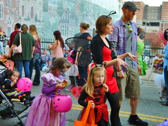 Parents and children enjoy Fright on Franklin last