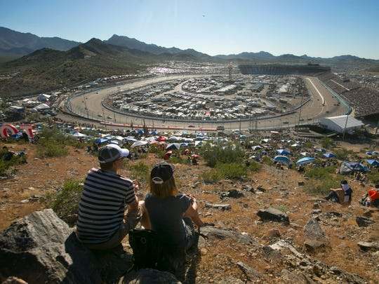 Rattlesnake Hill at Phoenix International Raceway offers a different experience for those willing to bring their own seat.