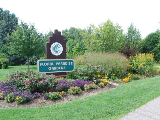 636371950782051592-floral-gardens-51.jpg