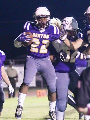 Benton's Jermaine Newton Jr.  had three touchdowns Friday.