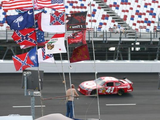 6-25-15-darlington-confederate flag