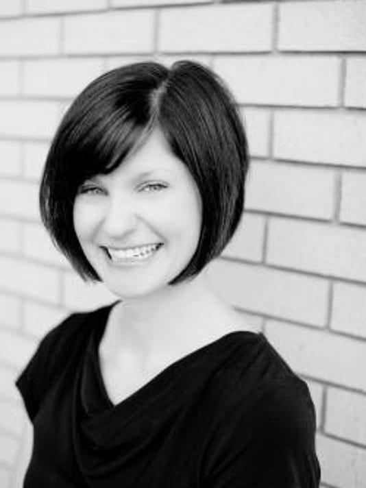 Jennifer Markiewicz Headshot