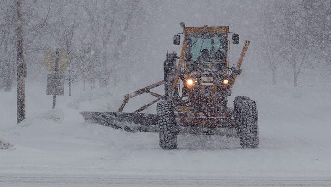 Clearing snow is just one of the responsibilities of local municipalities. The state should encourage cooperation among cities, villages and towns.