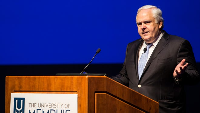 FedEx Corp. chairman and chief executive officer Frederick W. Smith speaks to the National Council of Undergraduate Research at the Michael D. Rose Theatre Lecture Hall at the University of Memphis Thursday, April 6, 2017.