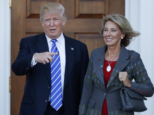 Donald Trump,Betsy DeVos