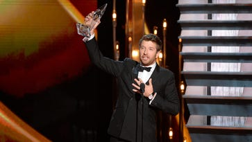 Winners' list: Who took awards at CMAs?