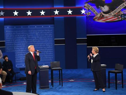 Clinton, Trump at second debate