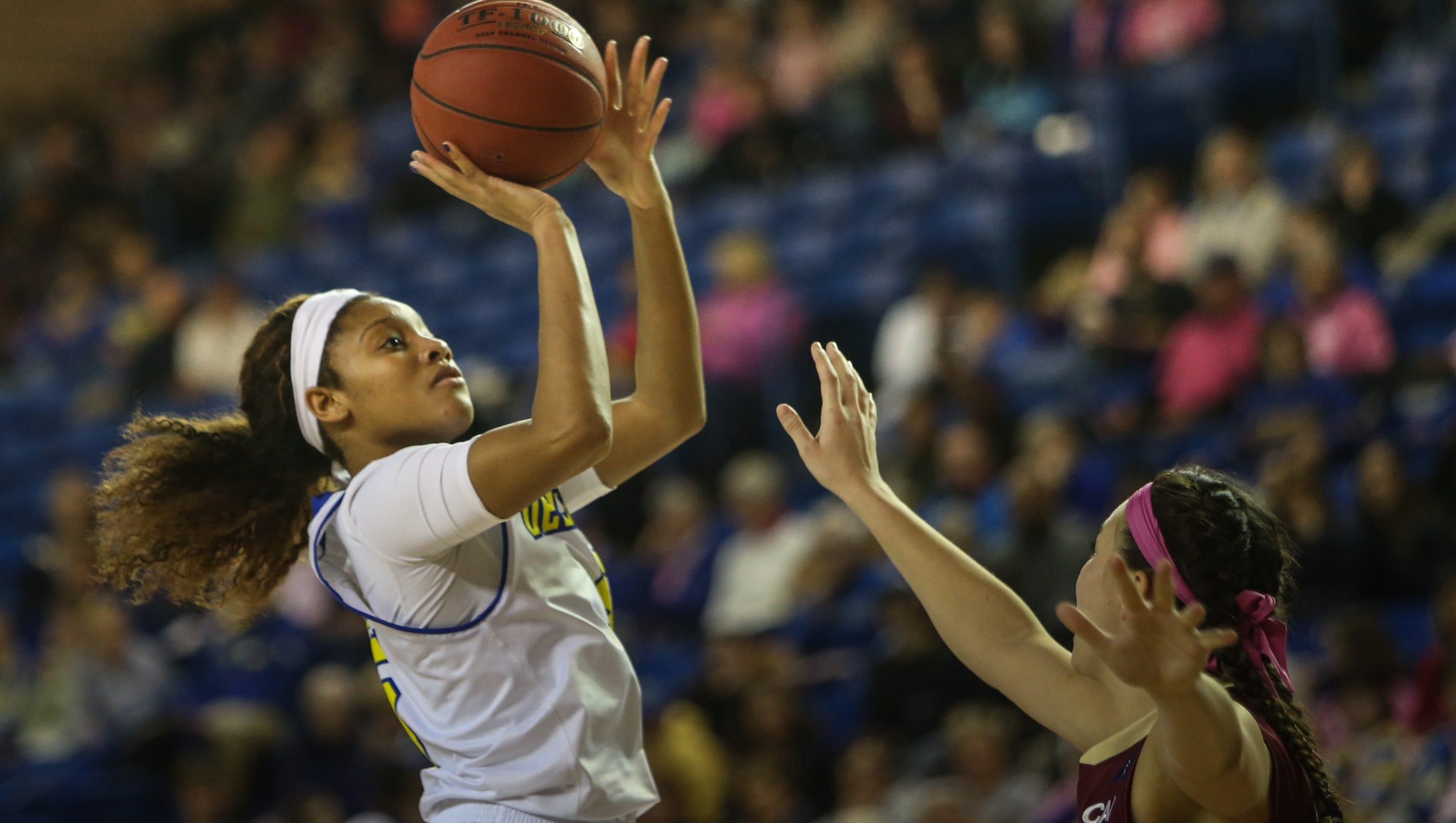 UD women take command in 2nd half to beat Charleston