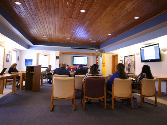 School Board discusses the Lincoln County Scholarship