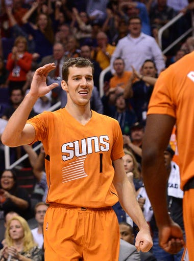 The NBA season is heating up as the calendar flips to 2015. Seems like a good time to do New Year's resolutions for every team. How do the surging Phoenix Suns make the playoffs? Previous ranking in parenthesis.