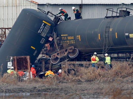 -ASBBrd_12-01-2012_PressMon_1_A003~~2012~11~30~IMG_-Train_Derailment_Ch_1_1_.jpg