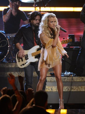 Carrie performs at the Grammys in 2009.