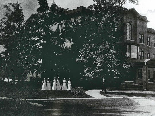 1905 Port Huron Hospital on Richardson Street.