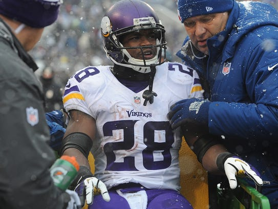 2013-12-09-adrian-peterson