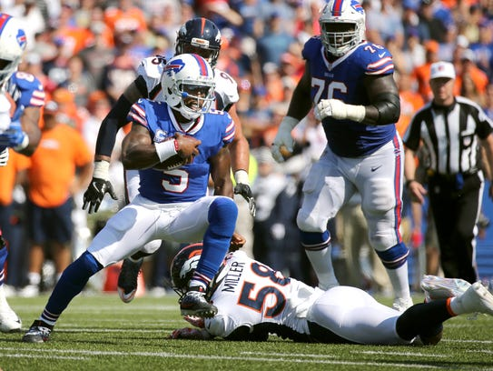 Tyrod Taylor did not kneel Sunday, but he supports