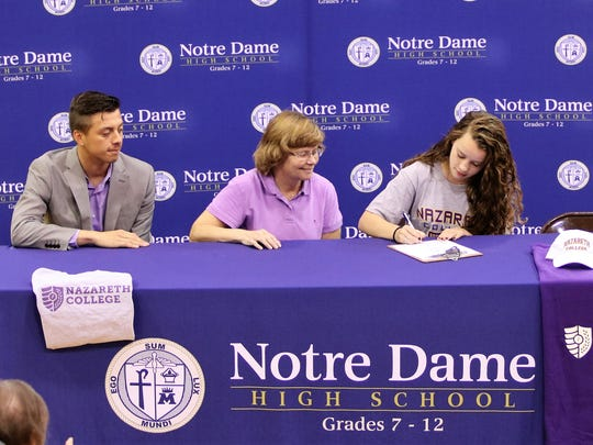 Notre Dame senior Claire Kubinski signs to run track