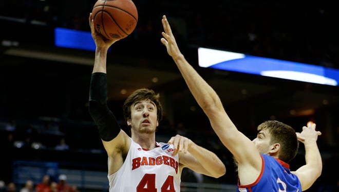 Wisconsin forward Frank Kaminsky announced he was returning to the Badgers in a blog post.