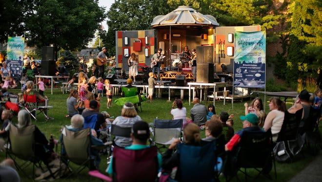 Country-pop artist Lucie Silvas' group performs at the Levitt Concert Series Thursday July 27, 2017 at the John Michael Kohler Arts Center in Sheboygan, Wis.