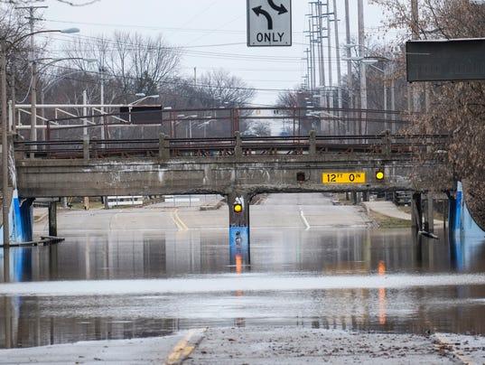 636550866420350863-Saturday-flooding-9.jpg