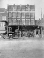 The exterior of Alles Brothers Furniture in the 1920s