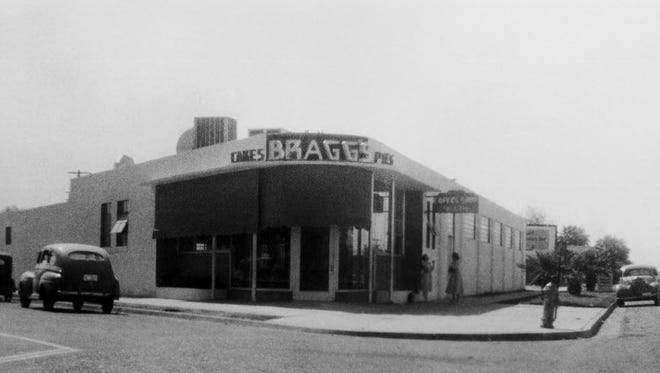 Braggs Pie Factory building in its heyday, perhaps the late 1940s.