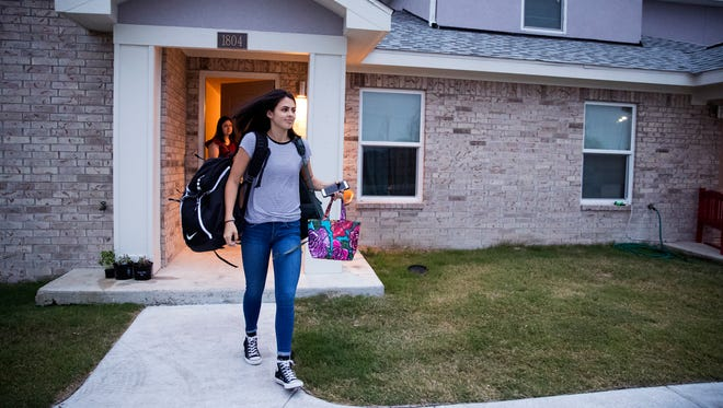 Gregory-Portland High School student Jessica Hernandez, 16, leaves her apartment in Portland to head to school on March 28, 2018.