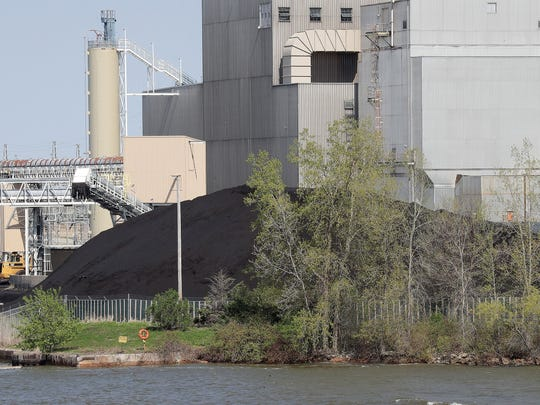 Green Bay Coal Piles Wps Site On Fox River Could Be New