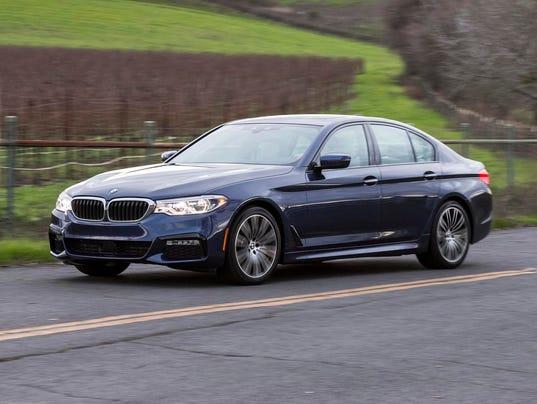 636438737425058300-2017-BMW-5-Series-27.JPG