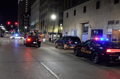 teen-shot-in-foot-in-downtown-detroit