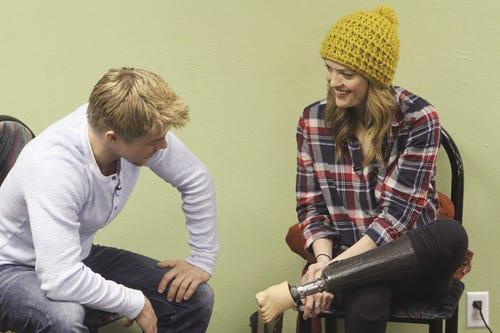 Derek Hough and Amy Purdy discuss her prosthetics. (Photo: Adam Larkey, ABC)