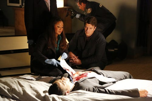 Lanie and Castle check out a body. Professional opinion? Dead. (Photo: Richard Cartwright, ABC)