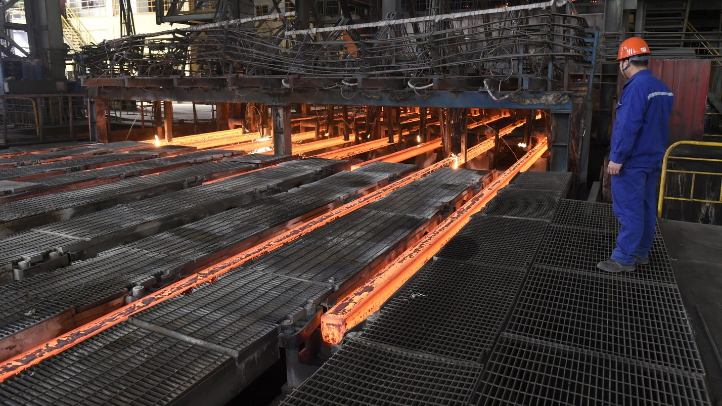 China shrinks steel industry, drawing Western ire