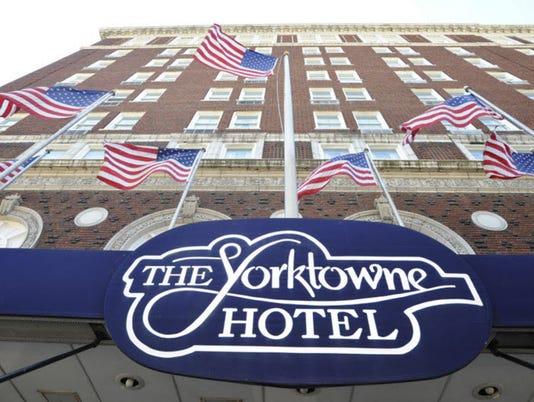 2-Yorktowne-Hotel