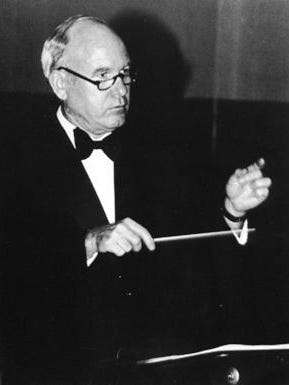 Taylor recently passed away. He began his career in 1951 as a band director at Three Rivers ISD before heading the Alice band program in 1961. The auditorium at Alice High School is named after him.