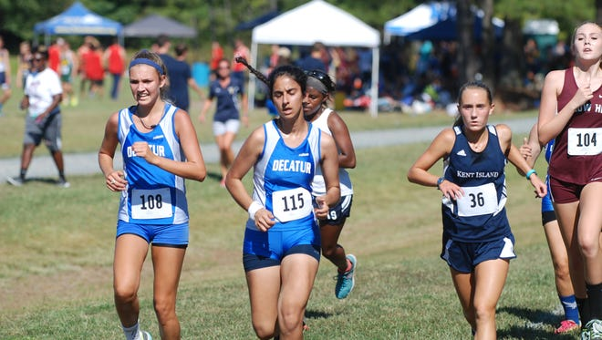 Bayside Conference cross country runners compete in the Rumble In The Jungle in Cambridge on Sept. 14, 2016.