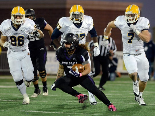 Nephi Garcia's three rushing touchdowns led USF to a 27-10 win over Augustana in 2013.