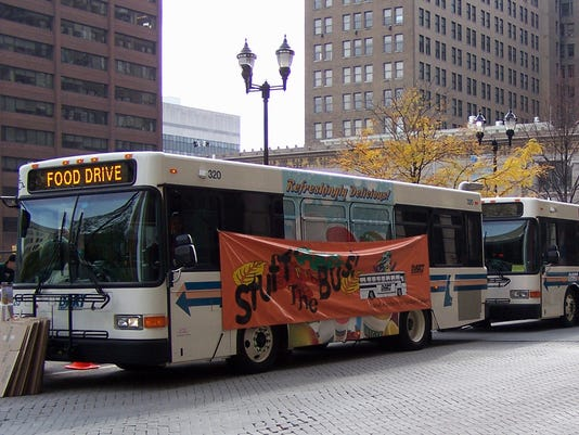 636435751073602572-WILBrd-11-09-2014-Daily-1-A021-2014-11-08-IMG-STUFF-THE-BUS-1-1-SF92ASIL-L514519395-IMG-STUFF-THE-BUS-1-1-SF92ASIL.jpg