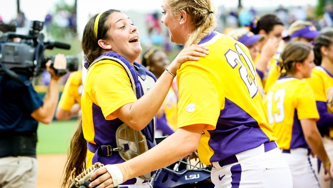 LSU players celebrate after their 10-5 win over Arizona. LSU now heads to the College World Series