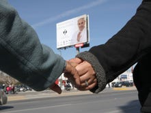 Thousands rehearsed the human chain Sunday in Juárez.