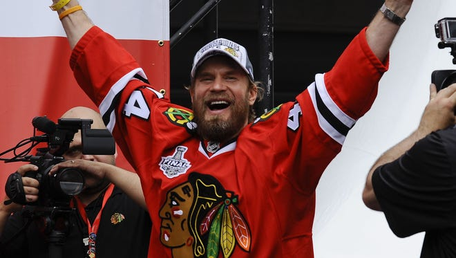 Kimmo Timonen played seven seasons with the Flyers before a trade to Chicago in March got him a Stanley Cup ring.