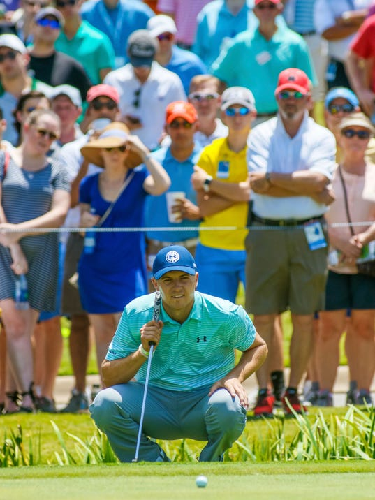Jordan Spieth lines up his putt on the 9th green during the second round of the Dean & DeLuca Invitational golf tournament at Colonial Country Club in Fort Worth, Texas, Friday, May 26, 2017. (Ray Carlin/Star-Telegram via AP)