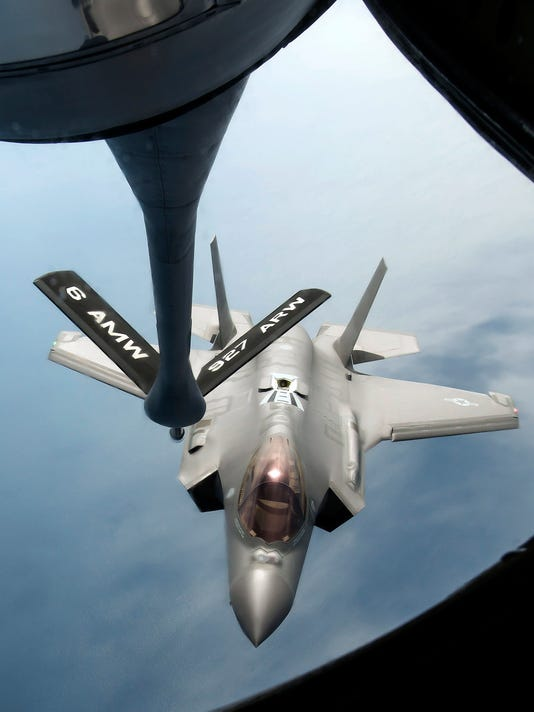 Mid-Air Refuel F-35