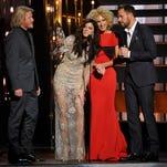 The 2015 CMA Awards red carpet photos