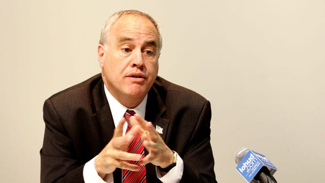 A new report by New York State Comptroller Thomas DiNapoli says Rockland County's Department of Social Services provided insufficient oversight over nearly $1.2 million in contracts with outside agencies.