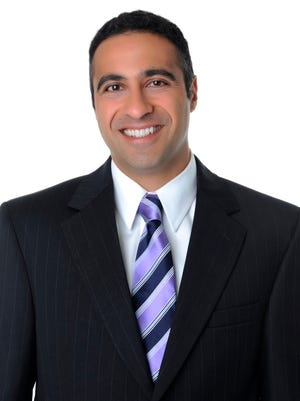 Frost Brown Todd announces that Cincinnati member Ali Razzaghi was selected as a Fellow for the 2016 class of Leadership Council of Legal Diversity. The program, which is national in scope, seeks to identify, train and advance the next generation of leaders in the legal profession.