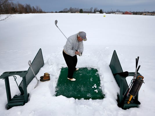 AP_APTOPIX_Winter_Weather_New_Jersey