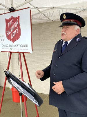 Sgt. Les Ashby speaks at the Kettle Bell ringing kickoff outside of Hobby Lobby.