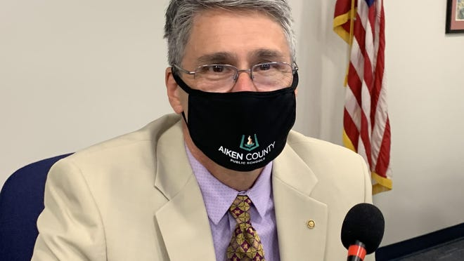 Aiken County Superintendent King Laurence said during Tuesday''s school board meeting that a student who refuses to wear a mask should be sent home if, after talking with them and calling their parents, the student continues to ignore the mandate.